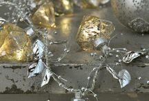 Shining Silver / Glittering Gold