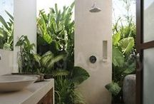 Outdoor showers / Discovering new ideas for Outdoor shower areas.