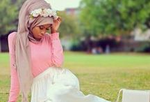 Ooo la la :o (Muslimah Fashion) / A way for Muslimahs to spice up their styles while still looking modest.