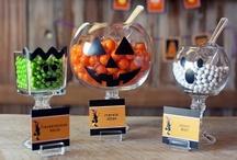 Halloween / Halloween costumes, crafts, decorations.