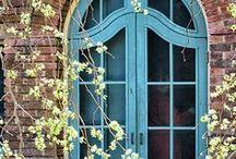 Windows & Doors / Fascinating architecture.