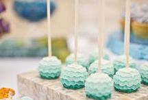 On a Stick ♥ / Cake pop, lollipop, cookie pop and all sweet inspirations on a stick / by Nicoletta Fine Confectionery