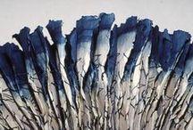 Blue ... / À fleur d'eau