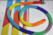 Koraliki - bead croched / Sznury koralikowe, kulki koralikowe - wzory, pomysły etc.