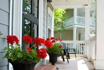 Curb Appeal / The first impression your house makes should be as welcoming and appealing as the rest of the house.