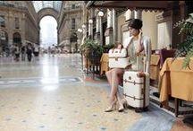 Bric's / Bric's är ett välkänt italienskt kvalitetsmärke med de snyggaste resväskor du kan hitta. Företaget grundades redan 1952 av Mario Briccola och drivs nu av andra generationen. Nya material och skickligt hantverk kännetecknar Bric's kollektioner. Bric's finns representerade över hela världen, de har 35 egna butiker och fler än 1.500 återförsäljare. Italienska Väskbutiken Webshop har deras sortiment. Välkommen! www.vaskbutiken.se.