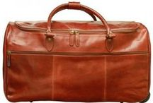Old Angler Toscana Collection / ITALIAN CLASSIC AND VINTAGE LEATHER BAGS.