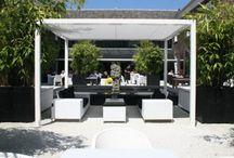 Garden design and furniture / Nice ideas and diy / by Peejeey en Es Betten
