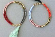 CRAFT Bracelet / Ideas for pretty homemade bracelets. Beads. Charms.
