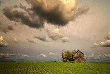 LINDIVIDU * clouds