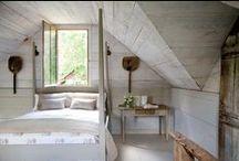 Farmhouse Inspiration / Farmhouse Decor | Farmhouse Furniture | Decorating Home | Home Decor Ideas | Farm Decor | Rustic Decor | House Decor | Farmhouse Charm | Farmhouse DIY