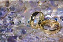 Wedding Photographer / evenimente in tara si strainatate - Fotograf: nunti, botezuri, cununii, petreceri, zile onomastice, petreceri de divort, banchet, bal, fotografii de legitimatie (minim 40 bucati), torturi pentru ocazii speciale, ursitoare, fotografii pe folie magnetica, sedinte foto in aer liber sau studio, sedinte foto nud, fotografie de produs, calendare, consiliere nunta si botez, galerie foto de vile sau cladiri, sedinte foto la evenimente corporate si private, portofolii foto comerciale sau personale.