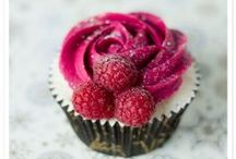 Cake/Cupcake Ideas / by Kelly Bella