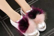 Pompom Sneaker / Geht es bitte noch cooler? Pompom-Sneaker sind absolute Hingucker!