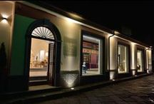 Negozi d'Autore / The first Roberto Giovannini mono-brand store has opened in the heart of San Giuseppe Vesuviano, in the immediate outskirts of Napoli. More precisely, the store is housed by a wonderful historic palace dating back to the end of the 19th century and owned by the Nappo Family.