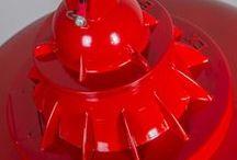 Royaal rood / Geef kleur aan je huis met onze collectie rode lampen. Subtiel rood, zachtrood of knalrood, laat je inspireren!