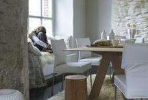 Design on stock / Als relatief jong label heeft het eigenzinnige Designonstock inmiddels een plek veroverd in de wereld van interieur en design. De in Nederland geproduceerde meubels van Designonstock staan voor topdesign, ontworpen door vooraanstaande ontwerpers als Roderick Vos, Gerard van den Berg, Marike Andeweg, Gijs Papavoine en Edward van Vliet die hun sporen ruimschoots verdiend hebben. De eigenwijze collectie designmeubels wordt gepresenteerd bij Thomassen Interieurs in Venray.