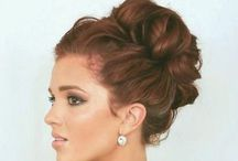 Messy buns / by Lizzie Bowers