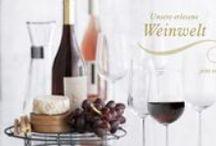 Michelsen's Weinwelt! / Bei Michelsen finden Sie nicht nur außergewöhnliche Feinkostspezialitäten, sondern auch erlesene Weine aus aller Welt.  Heute möchten wir Ihnen einige unserer Klassiker, aber auch Neuentdeckungen vorstellen. Selbstverständlich bekommen Sie bei uns auch die entsprechenden Weinasseccoires, wie zum Beispiel die zeitlosen Weingläser von Rosendahl.  Genießen Sie den goldenen Herbst mit einem feinen Tropfen aus unserer Weinwelt.