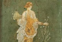 Roman Women of Yesterday and Today. / Frescoes, statuary, mosaics, film and reconstitution.