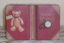 Verschiedene Gegenstände mit Teddymotiven / Mein Hobby