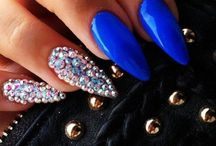 Nail Art <3 / I love nails , they make a woman feel put together .