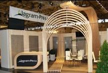 EcoCurves at Trade Fairs / We love Shows! See examples of our stands made out of glulam arches. The opportunity to meet our Customers in person always serves as a great source of inspiration, makes our work even more effective, and pushes EcoCurves forward.