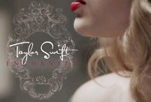 Taylor Swift / Loves writing songs, painting, baking, singing, ect