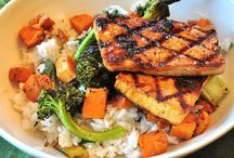 Vegan/Vegetarian Recipes / Mostly Vegan/Vegetarian Recipes, Tips & More / by That Hippie Aly