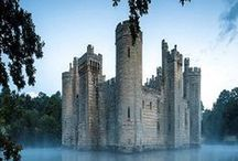 Castles / Castles from all over the world.  All sizes.  All beautiful. www.seekguidance.co.uk