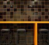 INSPIRATIE | Speelse voegen / Het juiste voegsel maakt je tegel af. Voegsel kan van je vloervlak 1 geheel maken of net een extra touch geven aan je muur. Bij Top Tegel 04 hebben we een uitgebreid gamma voegsel. Zowel cementgebonden als epoxy voegsel.