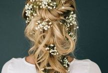 Boho Bridal Hair Inspiration / Loose and free hair inspiration for a bohemian, laid-back bride.