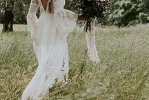 Boho Bridal Inspiration / Inspiration for the free-spirited bohemian bride.