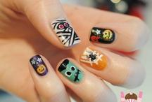 Creative Nail Designs / by Alexia