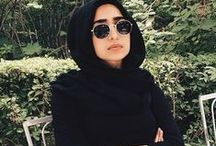 Rocking Hijabis / to be a hijabi/jilbabi does not preclude expressing your fashion sensibility.