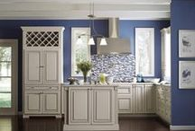 Amazing Kitchens  / We can make your Dream Kitchen come true! Here are some ideas : )