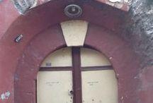 Out.door In.door