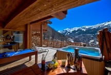 Hot Tubs / Check out our rental properties with stunning outdoor Jacuzzi hot tubs.