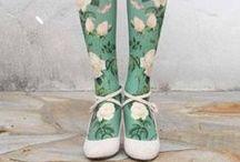 Souliers verts et robes à fleurs, etc