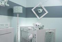 BABY'S ONLY by inizio / Baby's Only richt zich op de aankleding van de babykamer. De zacht gebreide producten kunnen onderling goed gecombineerd worden.