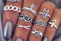 Rings | Anillos / The prettiest rings | Los anillos más bonitos