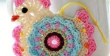 Crochet Patterns Inspiration & Tips / Plenty of Crochet patterns free here! Crochet inspiration and projects for beginners and advanced. Learn to make anything from a baby blanket to a crochet flower, plus all the crochet stitches!