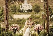 I do :) / best of wedding dresses and wedding venues