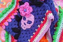 Crochet and knitting, scarf, scoodie, jacket, socks / Van alles wat ik ooit wil maken, wat je warm kan houden...