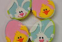 Easter cookies / by Lynne Ver Straete