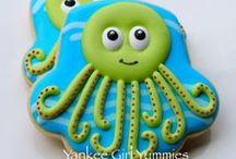 water creatures cookies / by Lynne Ver Straete