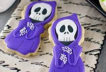 Halloween cookies / by Lynne Ver Straete