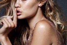 Gigi Hadid / A Beautiful Woman