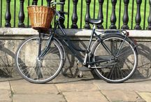 Walking and Cycling in The Cotswolds / With gently undulating roads and lanes it is the perfect area to peddle through the lanes and amble across the footpaths.