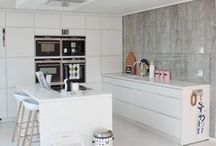 Kitchens / by Sarah Adel